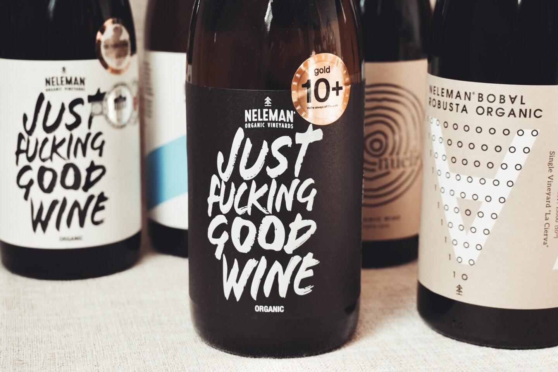Uitgelichte afbeelding van vegan wijn
